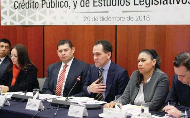 El subsecretario de Hacienda, Arturo Herrera, durante su comparecencia en el Senado.: Foto: especial.