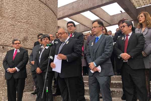 Hasta el momento se han presentado 862 demandas de amparo contra la Ley Federal de Remuneraciones de Servidores Públicos. Foto: Diana Martínez