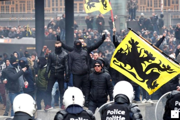 La policía indicó que hasta el momento van 90 personas detenidas. Foto: Reuters