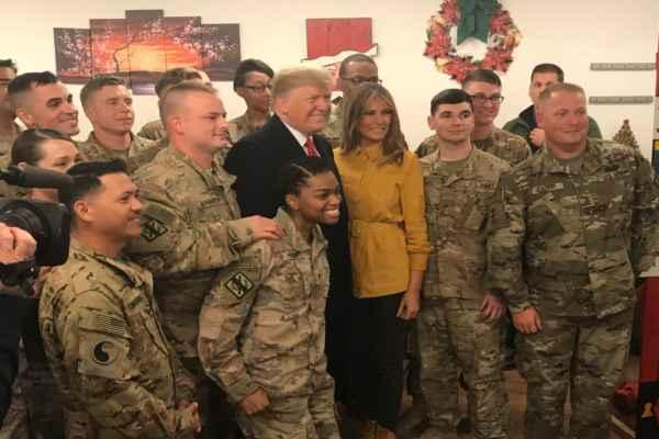 Este viaje lo realizó el mandatario parapara aumentar la moral de las tropas. Foto: @PressSec