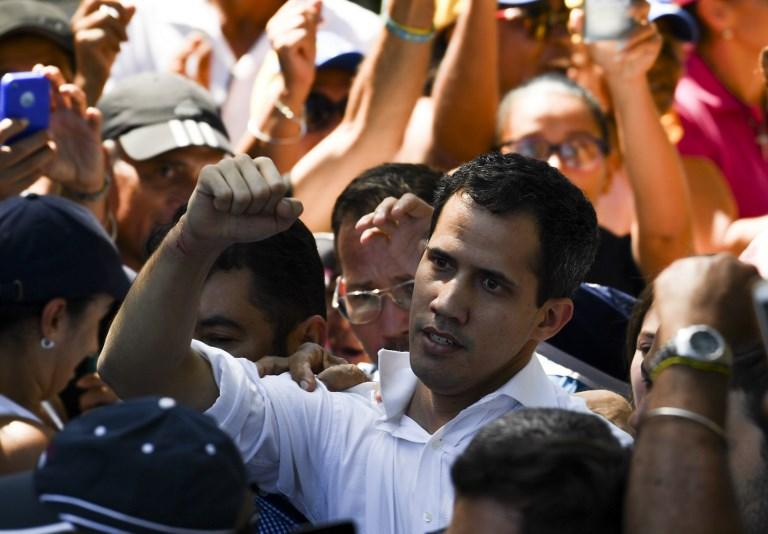 Guaidó se declaró dispuesto a liderar un gobierno de transición que llame a nuevas votaciones. Foto: AFP