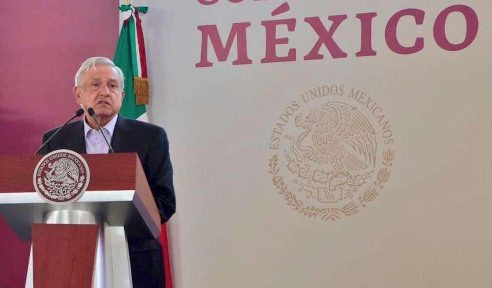 A la reunión con el titular del Ejecutivo Federal llegaron Martí Batres, presidente del Senado, además del coordinador de Morena en esa misma cámara, Ricardo Monreal