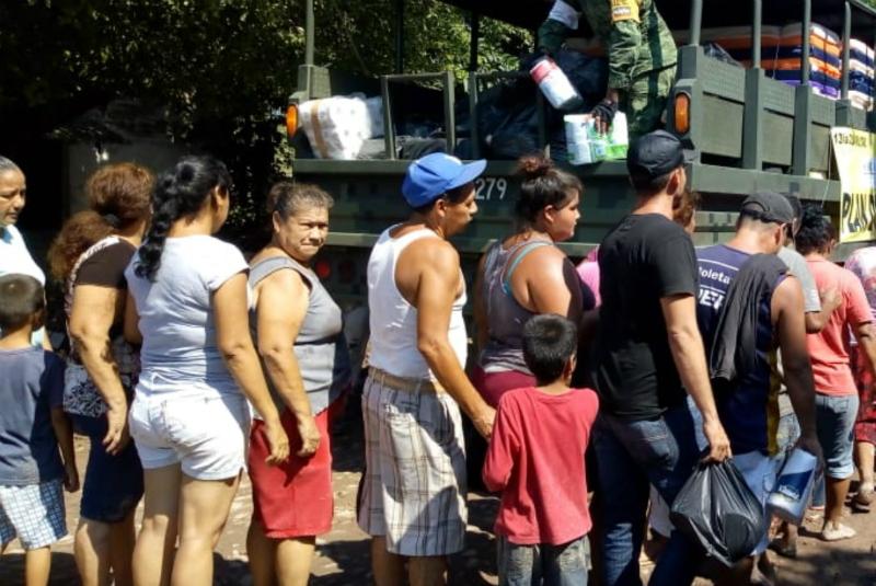 en diciembre pasado, cuatro mil 400 familias de ocho municipios del norte de Nayarit, recibieron un vale por un monto de 15 mil pesos, del programa Enseres Domésticos