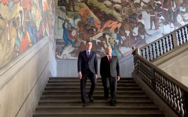 Diego Rivera reunió la historia de México en un mural. FOTO: Tomada de video