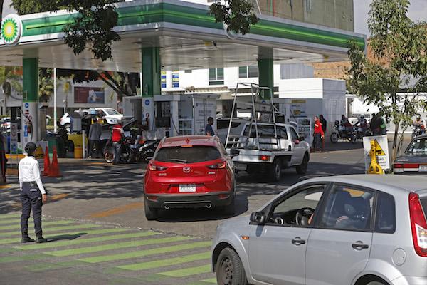 La gasolina Premium mantuvo un precio promedio de 20.60 pesos por litro informó Profeco