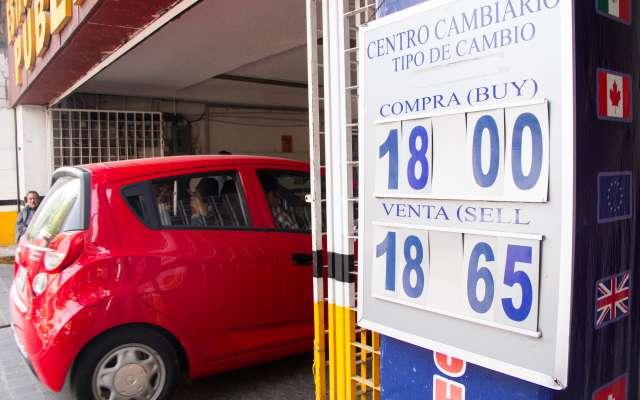 La moneda mexicana fue la divisa más apreciada, con respecto al dólar. FOTO: CUARTOSCURO
