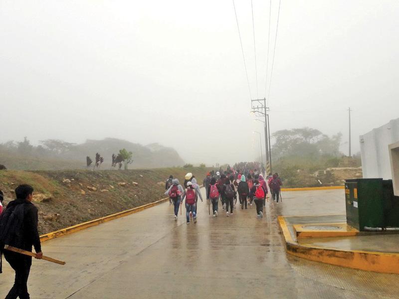 Estudiantes normalistas pararon labores en 15 escuelas del estado. Foto:  JENY PASCACIO