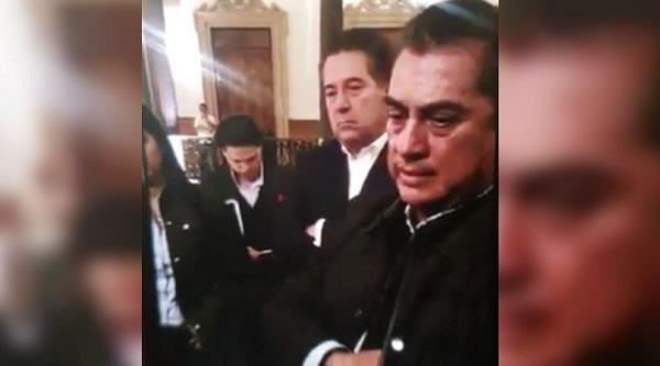 La respuesta del gobernador no pasó desapercibida; internautas lo han nombrado #LordCadenita. Foto: Especial