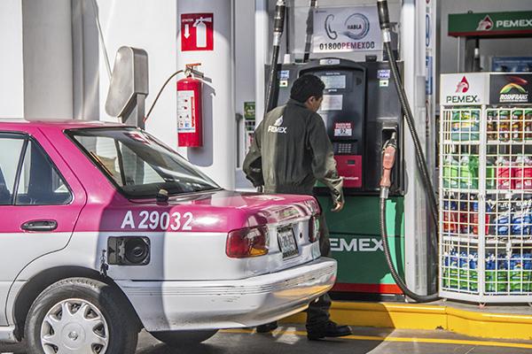 Consulta el precio de la gasolina para este día. FOTO: CUARTOSCURO