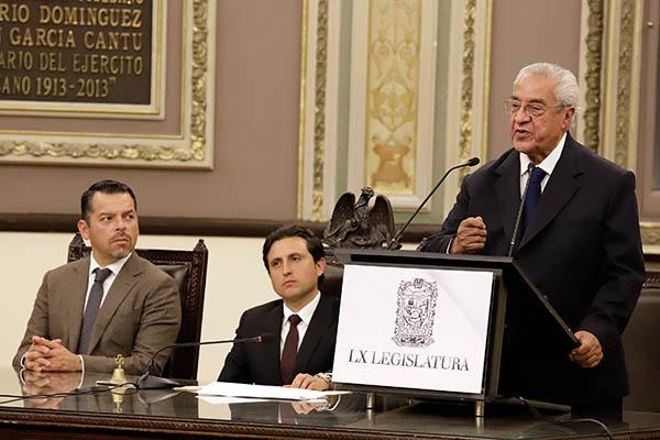 Este lunes, el Congreso de Puebla designo a Guillermo Pacheco Pulido como gobernador interino del estado. FOTO: CUARTOSCURO