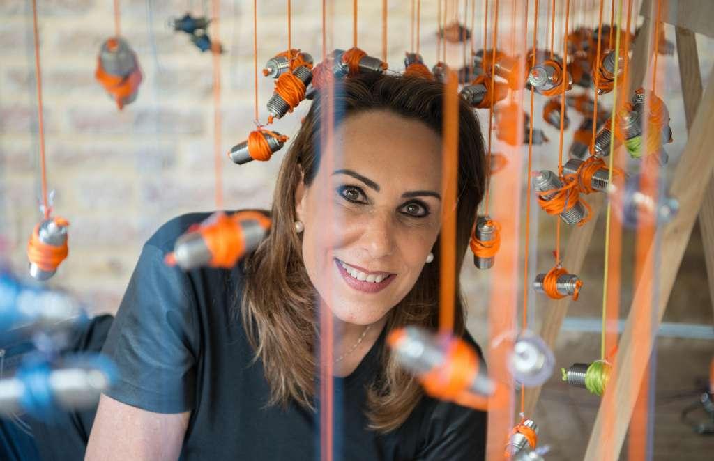 CREATIVA. La artista mexicana ha expuesto sus obras en varias partes del mundo.  FOTOS: CORTESÍA MUST WANTED
