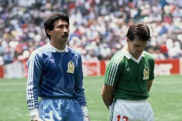 Larios jugó con los equipos nacionales de Zacatepec, Puebla y Cruz Azul. Foto: Especial