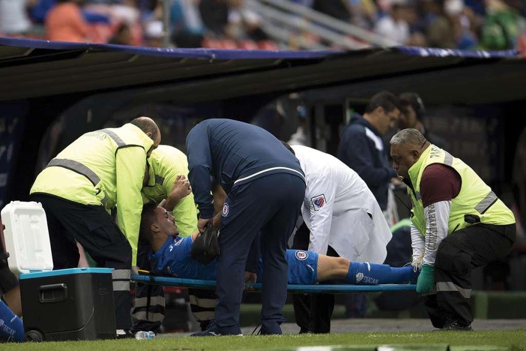 INTERVENIDO. Stephen Eustáquio fue operado ayer y volverá dentro de ocho meses. Foto: MEXSPORT