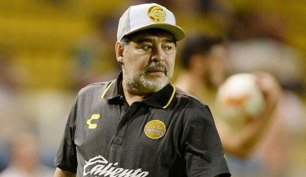 Después de esta jornada familiar y la pequeña intervención quirúrgica y la rehabilitación ambulatoria de rigor, Diego Maradona volverá a Sinaloa para iniciar su segundo torneo al frente del equipo Dorados. Foto: Especial