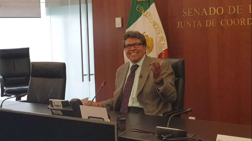 El acuerdo de la Junta de Coordinación Política fue firmado por todas las bancada, con excepción de la del PAN, que ya había adelantado su votación en contra