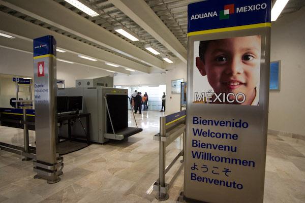 Aspectos de la Aduana de la nueva terminal del Aeropuerto Internacional de Queretaro.  FOTO: DEMIAN CHAVEZ/CUARTOSCURO.COM