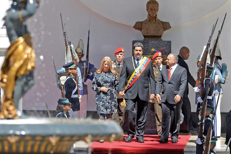 CARACAS. Nicolás Maduro estuvo ayer en el Palacio Legislativo Federal. Foto: AFP.