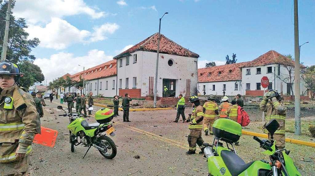 ATAQUE. Ocurrió en la Escuela de Oficiales General Francisco de Paula Santander. Foto: AP