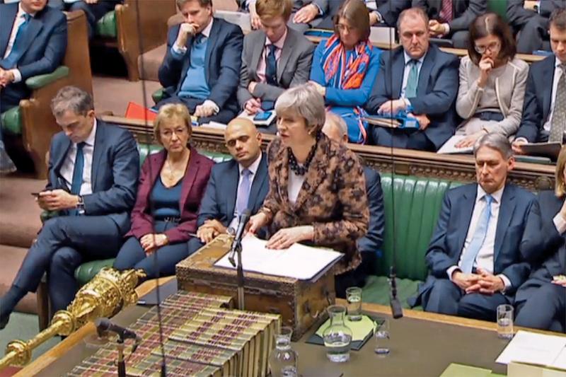 La premier May regresó para proponer un nuevo acuerdo de salida de la UE. Foto: AFP