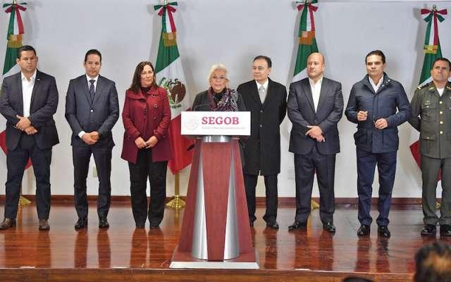 La titular de Gobernación encabezó el encuentro con los gobernadores de seis entidades, en las oficinas centrales de la dependencia. Foto: Pablo Salazar / El Heraldo de México