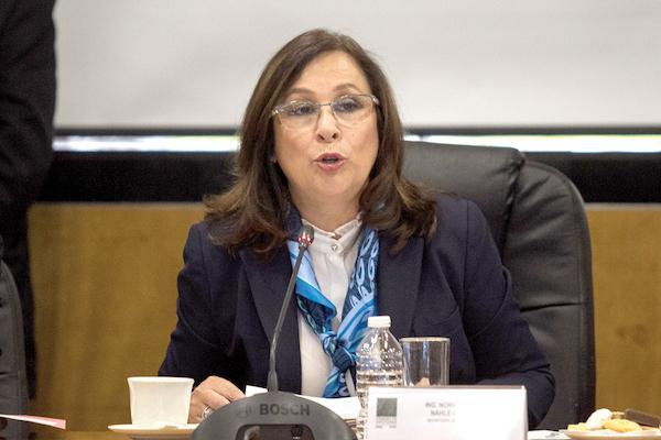 La funcionaria compareció ante los legisladores en la Cámara de Diputados para hablar de las pérdidas por la ordeña.  FOTO: GALO CAÑAS /CUARTOSCURO.COM