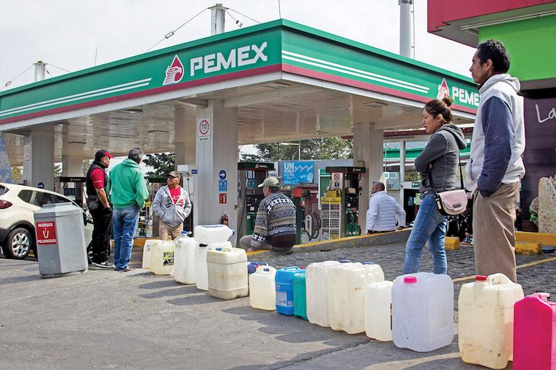 Muchas personas deciden comprar clandestinamente.   FOTO: GALO CAÑAS /CUARTOSCURO.COM