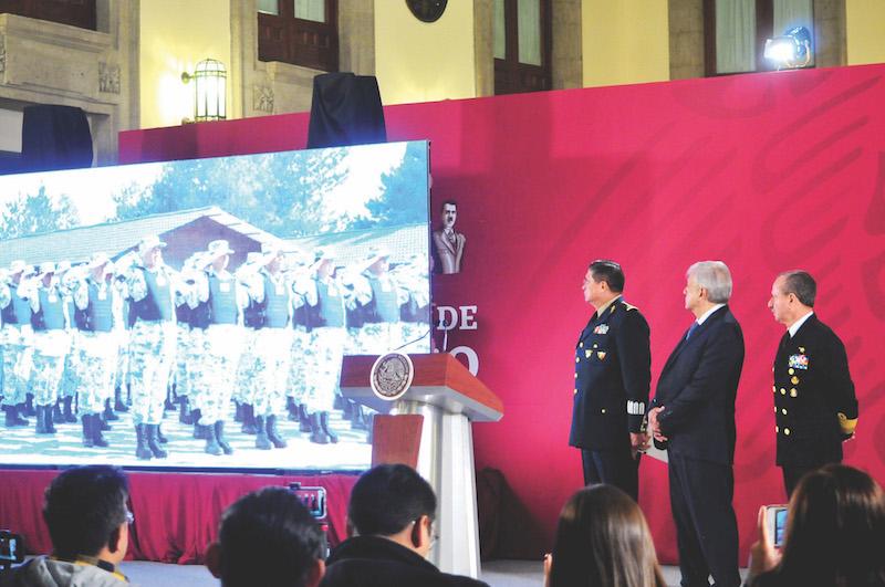 López Obrador presentó un video en el que se convoca a jóvenes a participar en la Guardia. Foto: Cuartoscuro.
