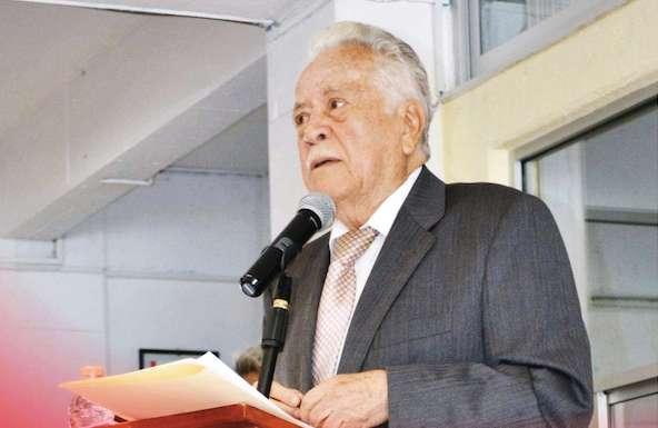 Tenorio Adame opina que todos los poblanos deberían participar en la elección.