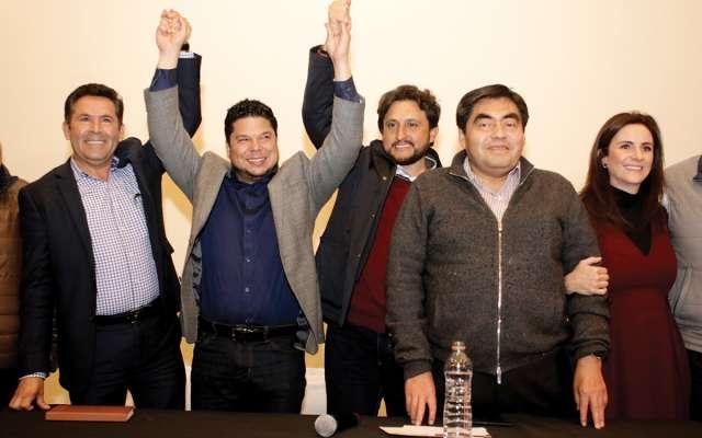 Morenistas dieron mensajes en conferencia de prensa, entre ellos, Barbosa. FOTO: ENFOQUE