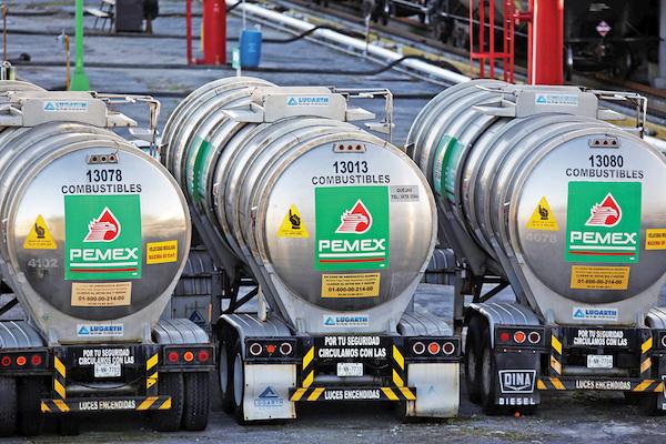 Los carrotanques empezarán a llegar a México el mes entrante
