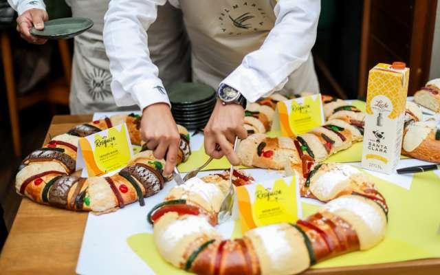 La Rosquiza Santa Clara es un evento en el que expertos gastronómicos hacen un consenso para recomendar las mejores roscas de reyes de la Ciudad de México. Foto: Especial