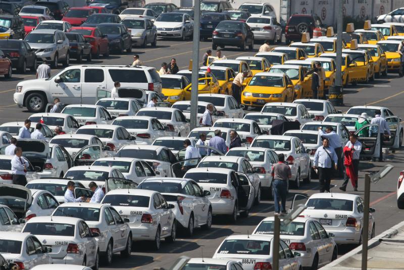 Nueva Imagen en conjunto con otras como Yellow Cab, Porto Taxi o Sitio 300 realizaron prácticas monopólicas absolutas en contra de los usuarios, es decir, se ponían de acuerdo para subir precio FOTO: Cuartoscuro