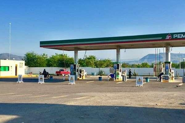 El miércoles pasado Pemex informó a través de un comunicado que Colima no tenía desabasto de combustible. Foto: Especial
