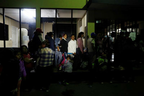 De los 107 salvadoreños, 87 son de hombres, uno solo menor de edad, y 20 mujeres mayores de edad