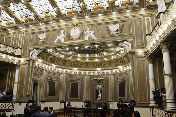 La terna todavía se depurará en la Comisión de Gobernación del Poder Legislativo de este lunes, para revisar si los tres personajes cumplen con los requisitos para ser gobernador interino de Puebla. FOTO: ESPECIAL