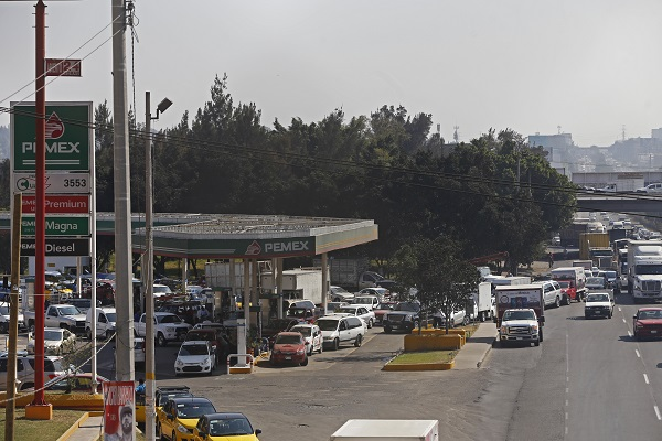 Destacó que el trabajo por normalizar la distribución de combustibles continúa de la mano con el combate al robo. Foto Cuartoscuro