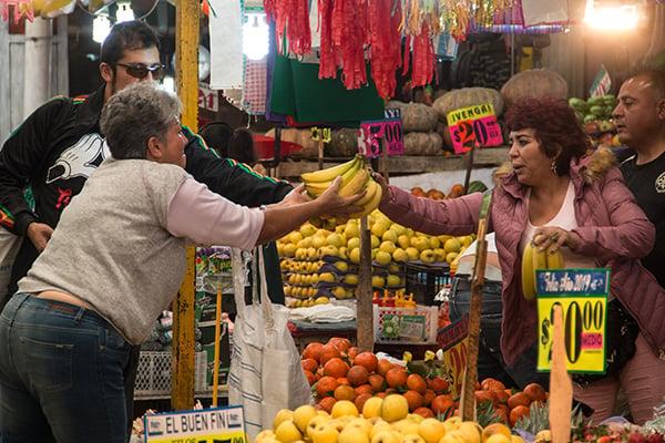 En materia de inflación, el analista estimó que cerrará el año en 3.96 por ciento, pero señaló que es probable que se desacelere aún más. FOTO: CUARTOSCURO