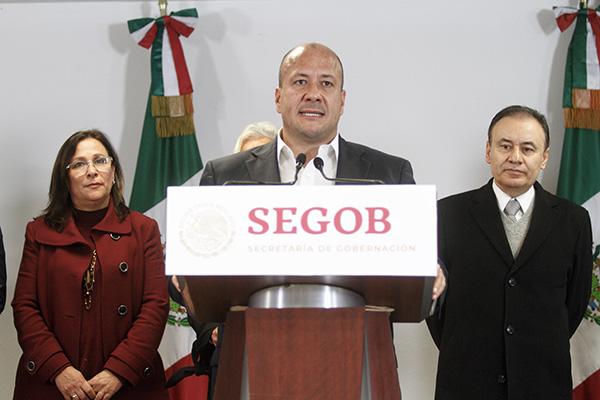 Alfaro y los gobernadores de los estados con mayor desabasto de gasolina se reunieron con miembros del gabinete federal.  FOTO: CUARTOSCURO
