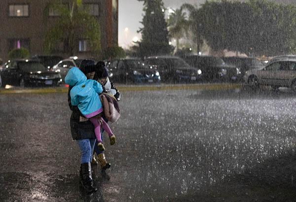 Se prevé potencial de lluvia engelante en cimas montañosas con altitudes superiores a tres mil 500 metros del Estado de México y posible cencellada en cimas montañosas de Puebla y Veracruz. FOTO: NOTIMEX
