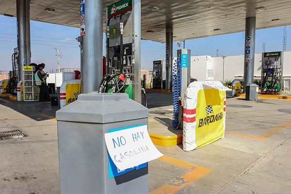 Crece desabasto de combustible en estaciones de servicio en Querétaro. FOTO: CUARTOSCURO
