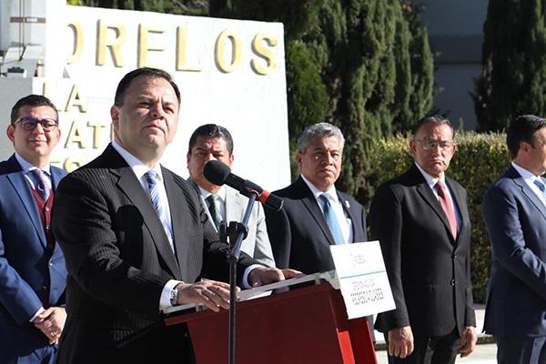 El coordinador de los diputados de Morena aclaró que las 10 fuerzas políticas que integran el Congreso poblano, tienen el derecho de proponer a un personaje para ocupar el nombramiento de interino.
