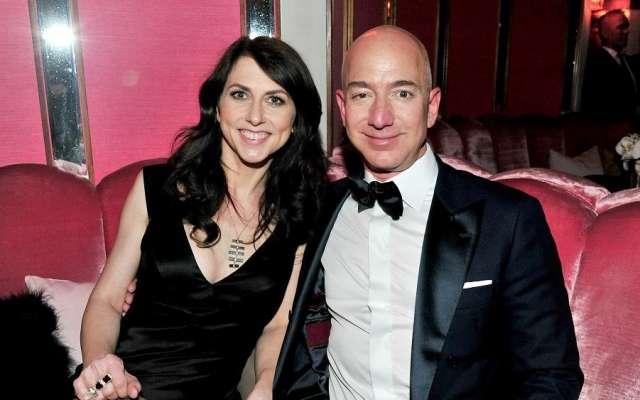 Bezos, también propietario del diario The Washington Post, es considerado la persona más rica del mundo, con una fortuna estimada de alrededor 137 mil millones de dólares. Foto: Especial