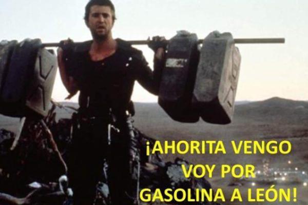 En redes sociales hacen burla del desbasto de gasolina. FOTO: ESPECIAL