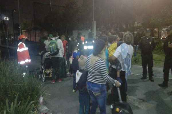 En Puebla son 500 los migrantes que se encuentran en las parroquias de la ciudad. Foto: @ciemergencias