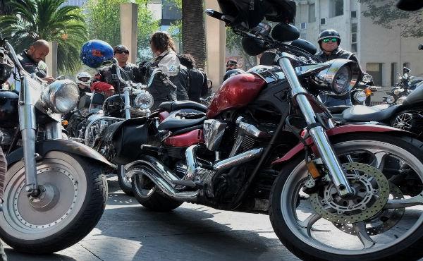 El parque vehicular de las motocicletas creció en nuestro país hasta más de 1,000% durante los últimos 18 años, según datos del Inegi