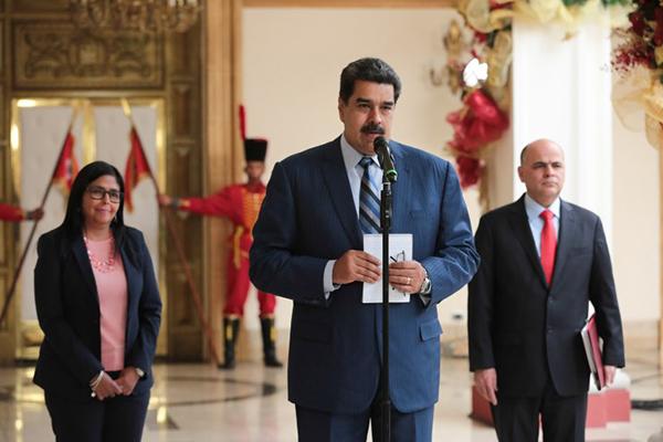 El presidente NicolásMaduroadvirtió este miércoles al Grupo de Lima que tomará medidas enérgicas si en 48 horas no rectifica su posición sobre Venezuela. FOTO: AFP