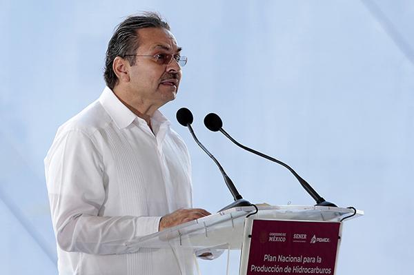 Octavio Romero, director de Pemex. FOTO: NOTIMEX