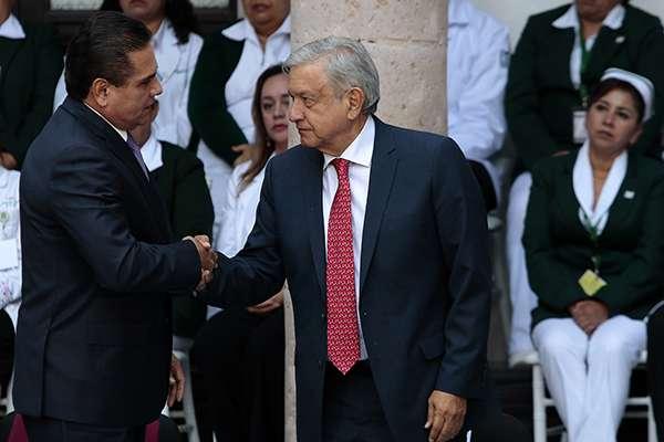 Este fin de semana, el gobierno de Michoacánofreció su apoyo a la Federación para ayudar a resolver la problemática dedesabasto de gasolinaderivada del cierre de ductos. FOTO: NOTIMEX