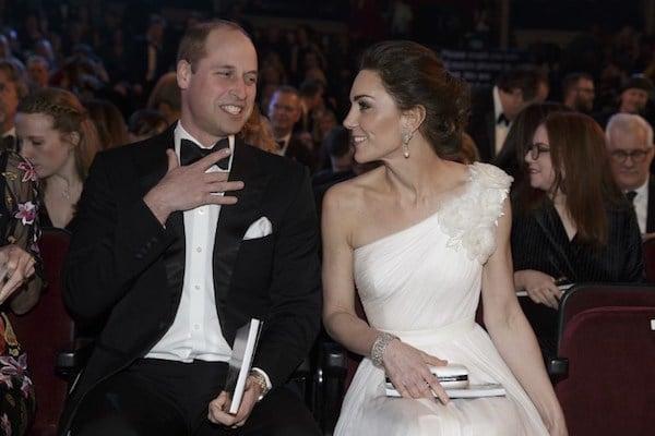 El Príncipe William  y Catherine,  Duque y Duquesa de Cambridge, de Gran Bretaña, llegan para los Premios de cine de la British Academy de la BAFTA. Foto: AFP