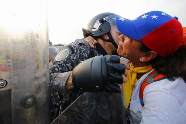Hay información sobre personas fallecidas y heridos en Santa Elena de Uairén FOTO . AFP